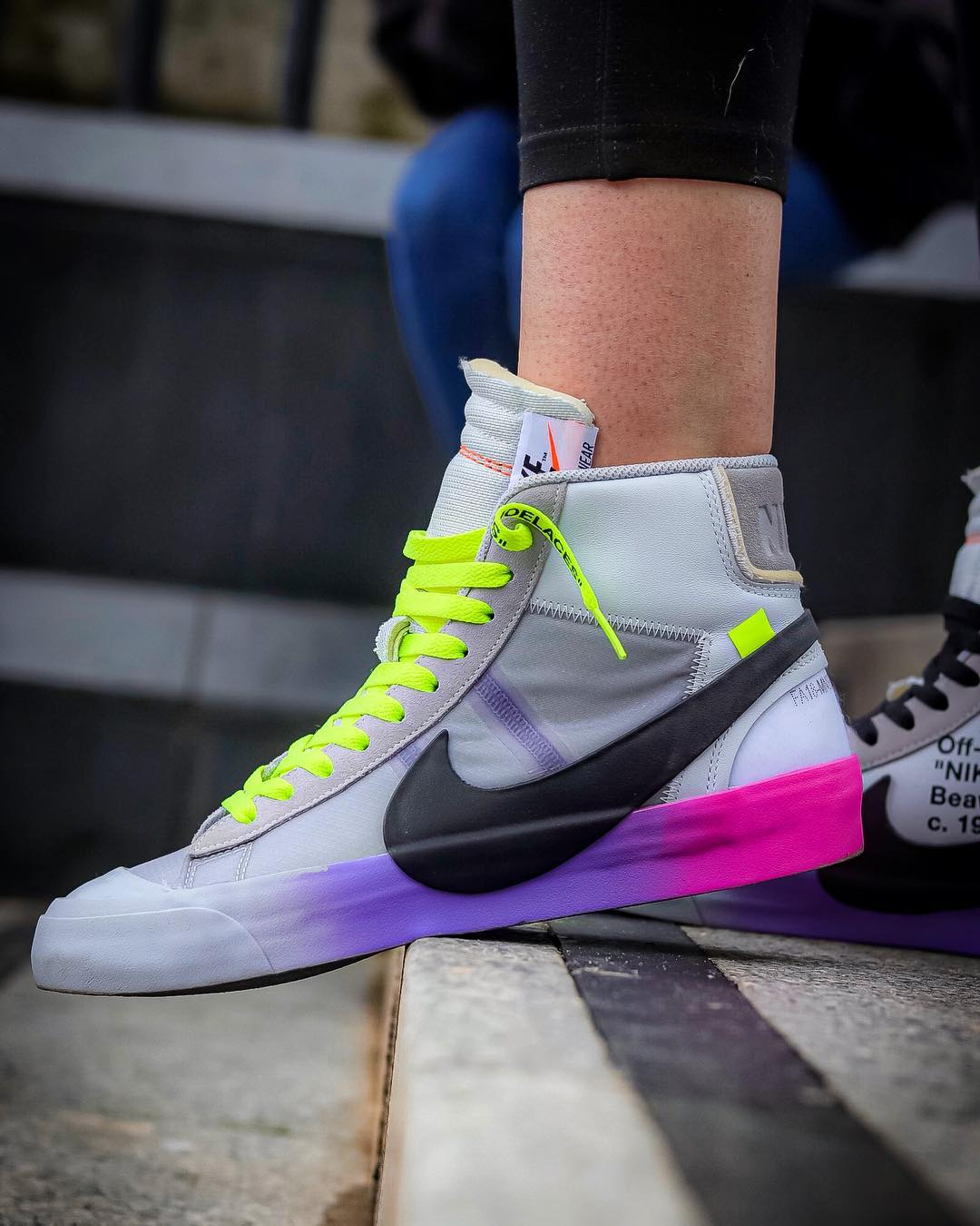 OFF-WHITE x Nike Blazer Mid Queen