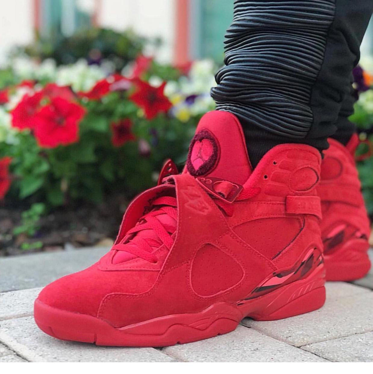 Air Jordan 8 WMNS Valentine's Day